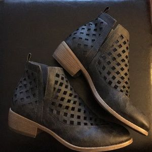jc Shoes - Taggart Booties